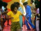 Soul Train. Так, он выглядел в 70-х годах в Америке.
